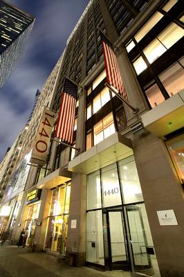 Midtown Manhattan Office Space Available NOW on Broadway