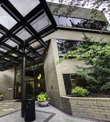 Mt. Pacific Bellevue office space available now in zip 98005