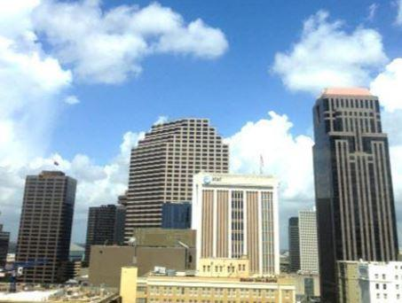 St Charles and Poydras New Orleans office space available - zip 70130