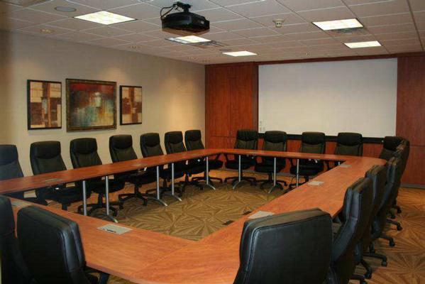 Fully Furnished Class-A Executive Suites
