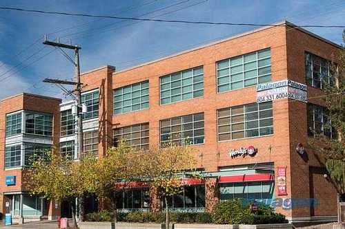 Convenient Office Space in North Vancouver