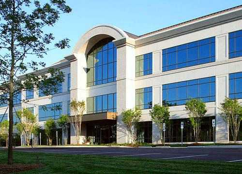 Conveniently located Office Space between Raleigh and Durham in Cary
