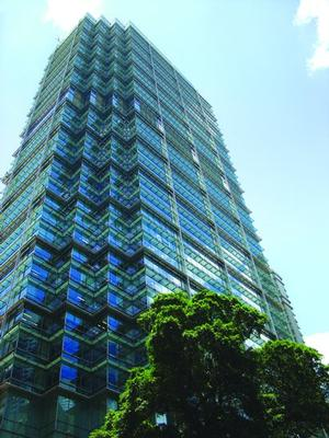 Enjoy convenient access and prime office space in Hong Kong