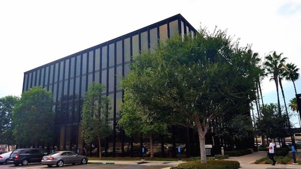 Irvine Executive Office Space Suites across from John Wayne Airport