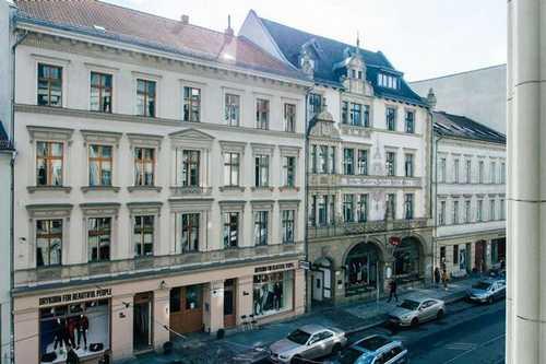 Trendy Hackescher Markt Office Space in Berlin