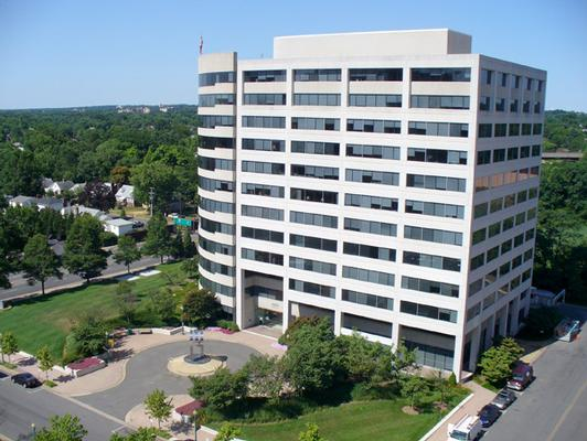 Metro Offices Arlington/Ballston Location - Local & Woman Owned