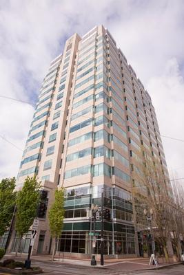 Liberty Centre Portland office space available now - zip 97232