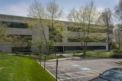 Eagleview Corporate Center Exton office space available - zip 19341
