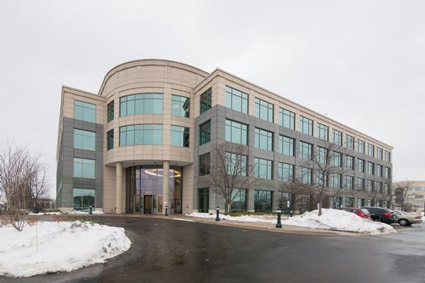 Prairie Glen Glenview office space available now - zip 60026