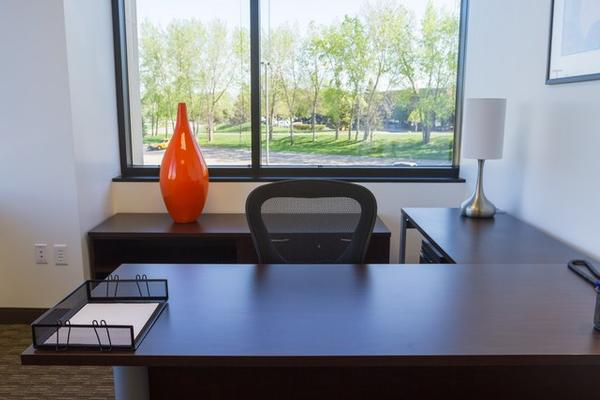 Grand Oak I Eagan office space available now - zip 55121