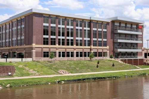 CNA Building Sioux Falls office space available now - zip 57103