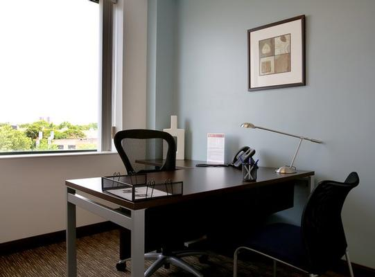 Coolidge Corner Brookline office space available now - zip 02446
