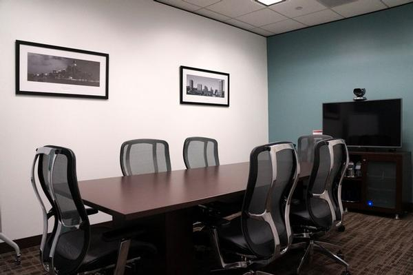 Downtown - Pennzoil Place Houston office space available- zip 77002