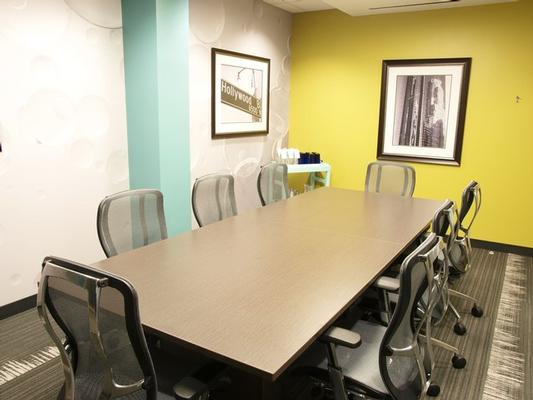 Playa Jefferson Los Angeles office space available now - zip 90066