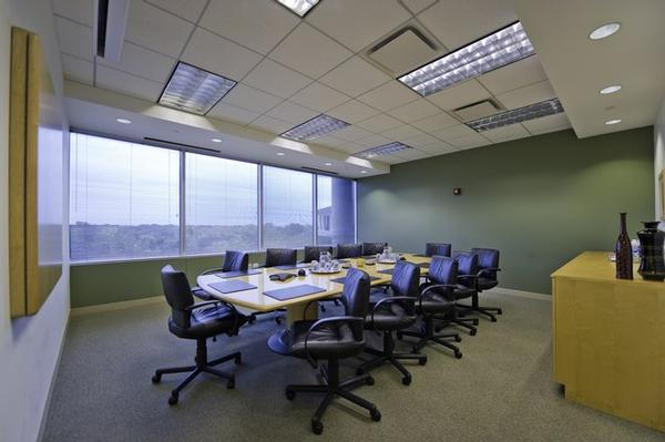 One Lincoln Centre Oak Brook office space available now - zip 60181