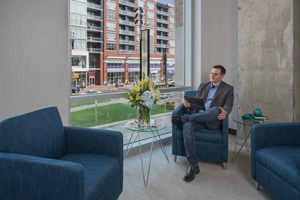 South Loop Roosevelt Chicago office space available now - zip 60605
