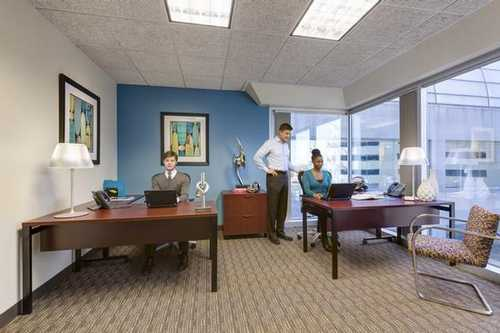 30 S. Wacker Drive Chicago office space available now - zip 60606