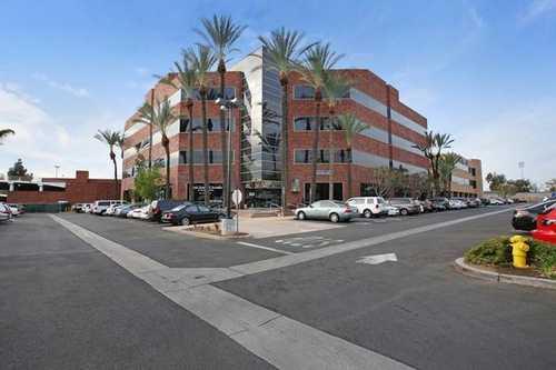 Huntington Drive Arcadia office space available - zip 91006