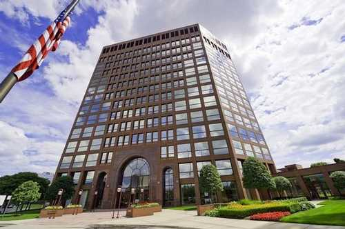 Columbia Center Troy office space available now - zip 48084