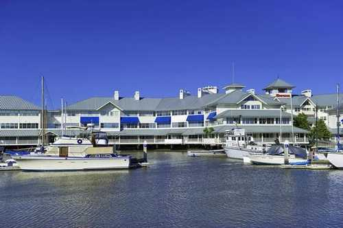 Marina Business Center Petaluma office space available - zip 94954