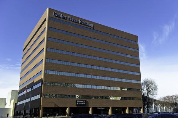 Downtown Grand Rapids office space available now - zip 49503
