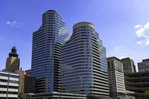Fifth Street Towers Minneapolis office space available - zip 55402