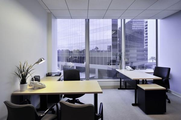 Santa Monica Boulevard Los Angeles office space available - zip 90067
