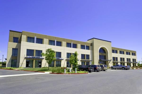 Elk GroveElk Grove office space available - zip 95758