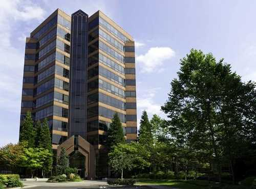 Lincoln Center Portland office space available now - zip 97223