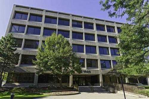 Gateway Executive ParkSchaumburg office space available - zip 60173