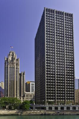 401 North MichiganChicago office space available now - zip 60611