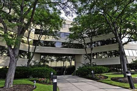One Northbrook Place Northbrook office space available - zip 60062