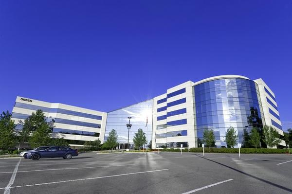 Crystal Glen Novi office space available now - zip 48375