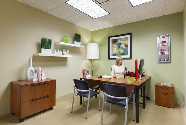 Pembrook CommonsOrlando office space available now - zip 32810