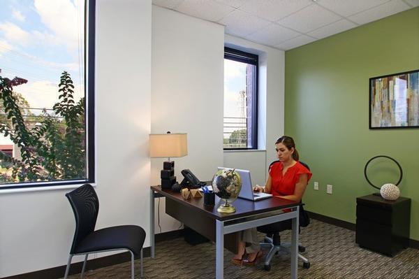 Perimeter Park Birmingham office space available - zip 35243