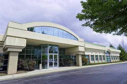 Buffalo - North Towns Williamsville office space available - zip 14221