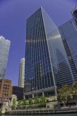 River North Chicago office space available now - zip 60654