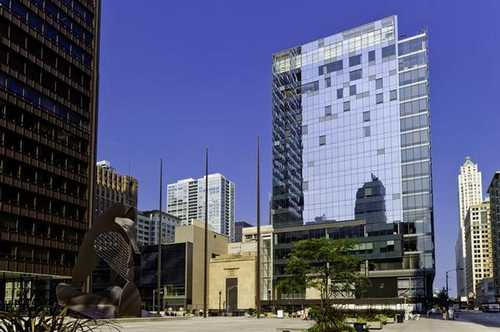 22 W. Washington Chicago office space available now - zip 60602