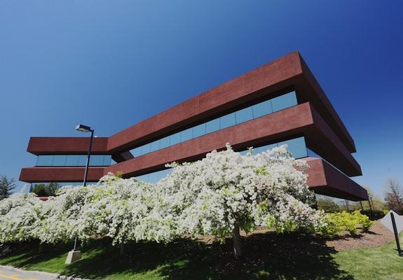 Mid-Westchester Hawthorne office space available now - zip 10532