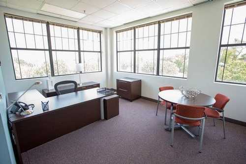 Vineyard Center II Grapevine office space available now - zip 76051