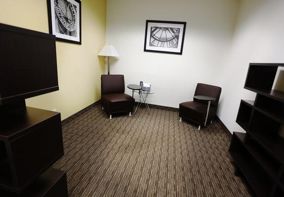 Gardena Gardena office space available now - zip 90248
