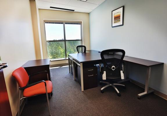 Colonnade Memphis office space available now - zip 38120